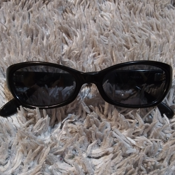 Kenneth Cole Reaction Accessories - Reaction shades